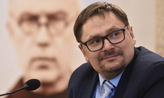 """Tomasz Terlikowski niepowiedział, żekobieta przyjmująca pigułkę """"dzień po"""" jest gorsza odmolestującego księdza"""