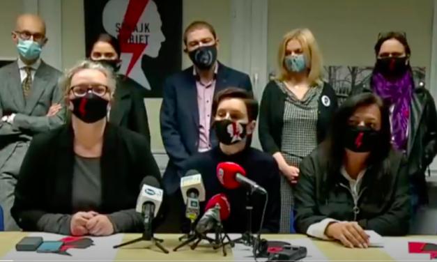 Poznaj członków Rady Konsultacyjnej Strajku Kobiet iich fake newsy