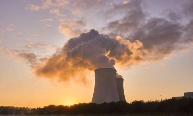 Dezinformacja przy wyborze partnerów dopolskiego programu jądrowego