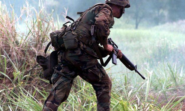 Bójka między Polakami, aangielskimi żołnierzami? Tofakenews