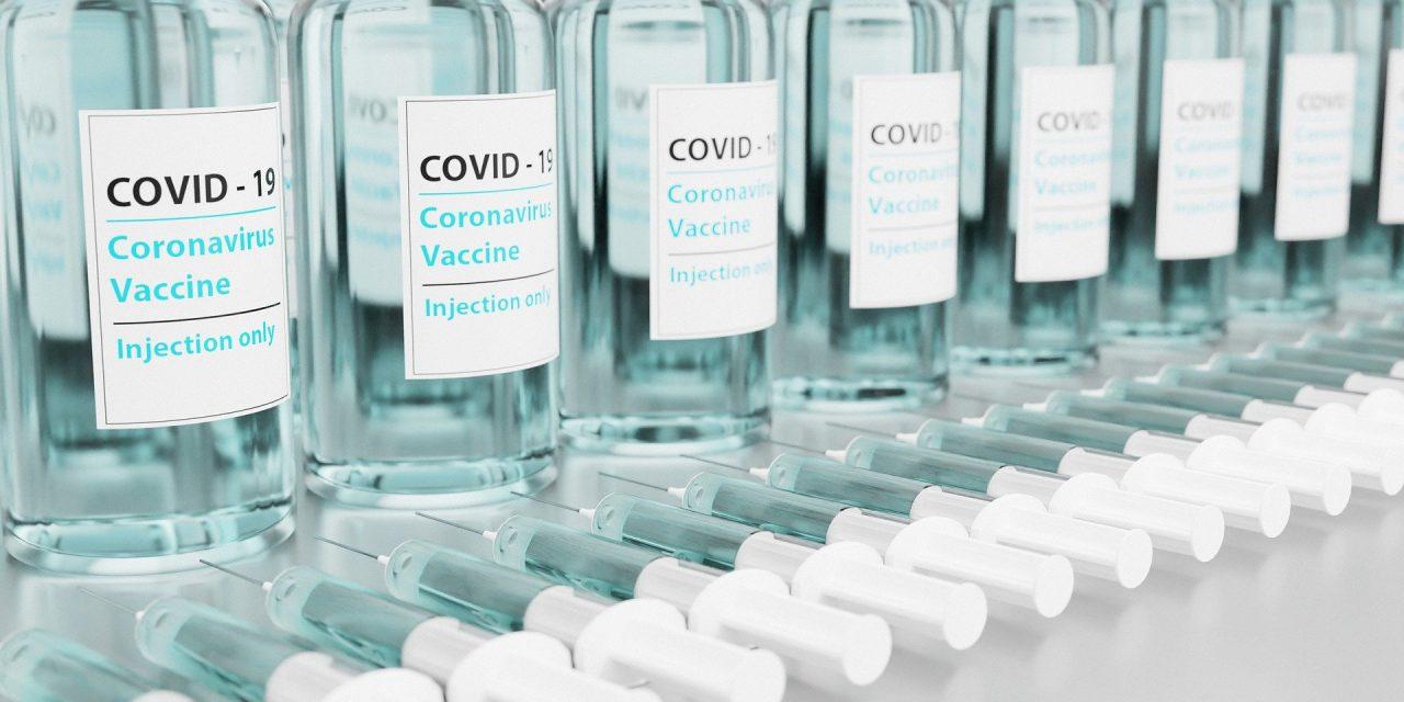 Nie, Pfizer nietestuje szczepionek nadzieciach wPolsce