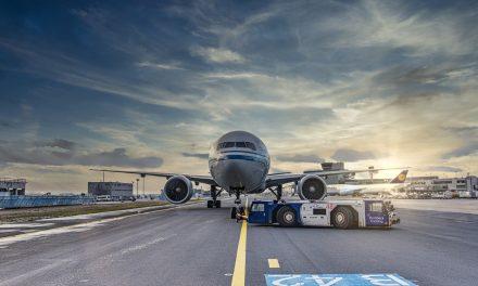 Połączenia lotnicze PLL LOT doIndii mimo zagrożenia Epidemicznego? Sprawdzamy