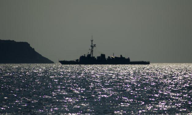 Rosyjski okręt wojenny napolskich wodach terytorialnych? Weryfikujemy informację