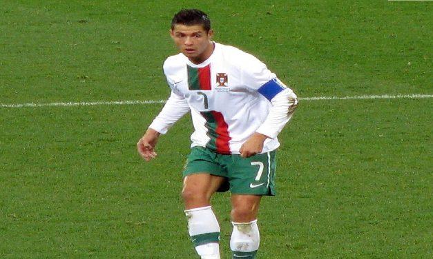 Drastyczny spadek akcji Coca-Coli wskutek gestu Cristiano Ronaldo? Weryfikujemy