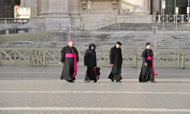 Polscy biskupi pilnie wezwani doWatykanu? Rzecznik KEP wyjaśnia