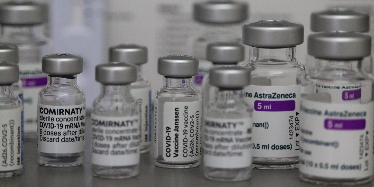 Polska wstrzymuje szczepienia preparatem AstraZeneca? RARS dementuje