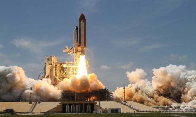 Nie, rakieta Jeffa Bezosa niewyemitowała 75 ton dwutlenku węgla