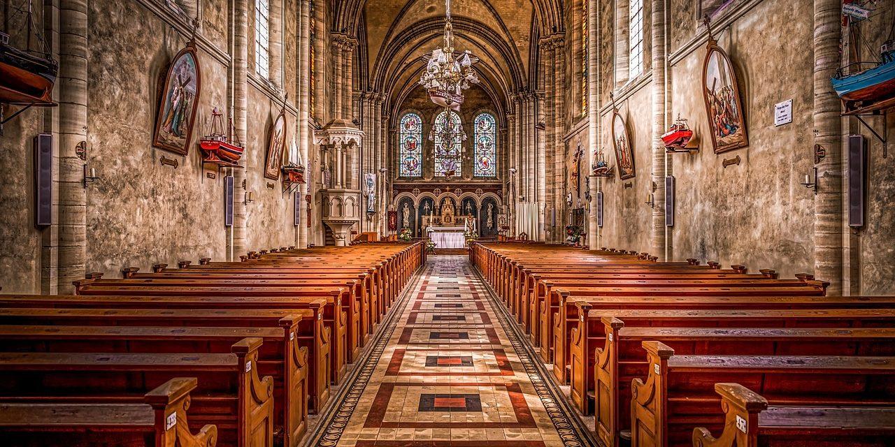 """przesłaniem Kościoła niejest: """"Matka Boga cierpiała, cierp ity""""."""
