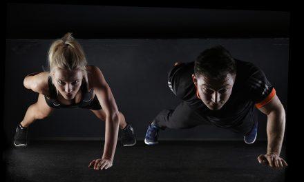 Ćwiczenia wcale niesłużą dłuższemu życiu, bo wynalazca gimnastyki żył 57 lat, aproducent papierosów ponad 100? Sprawdzamy